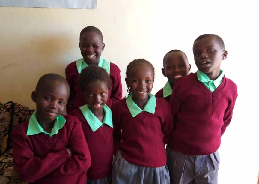 Schulwechsel und neue Schuluniformen